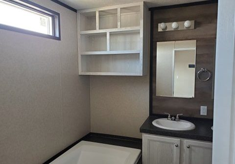 Revo-master-bathroom